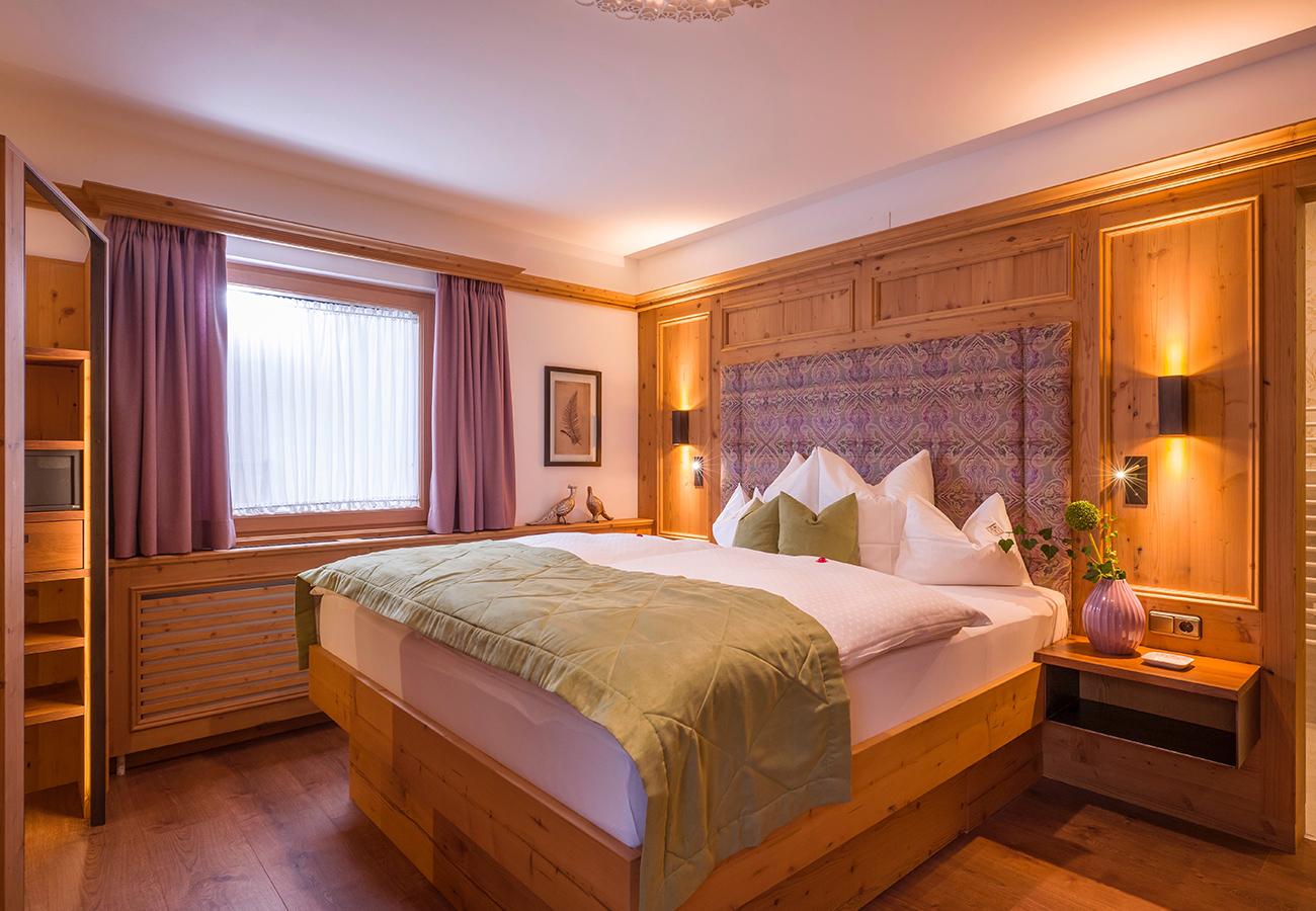 Kroell-Alpin-Hotel-Garni-Eder-10