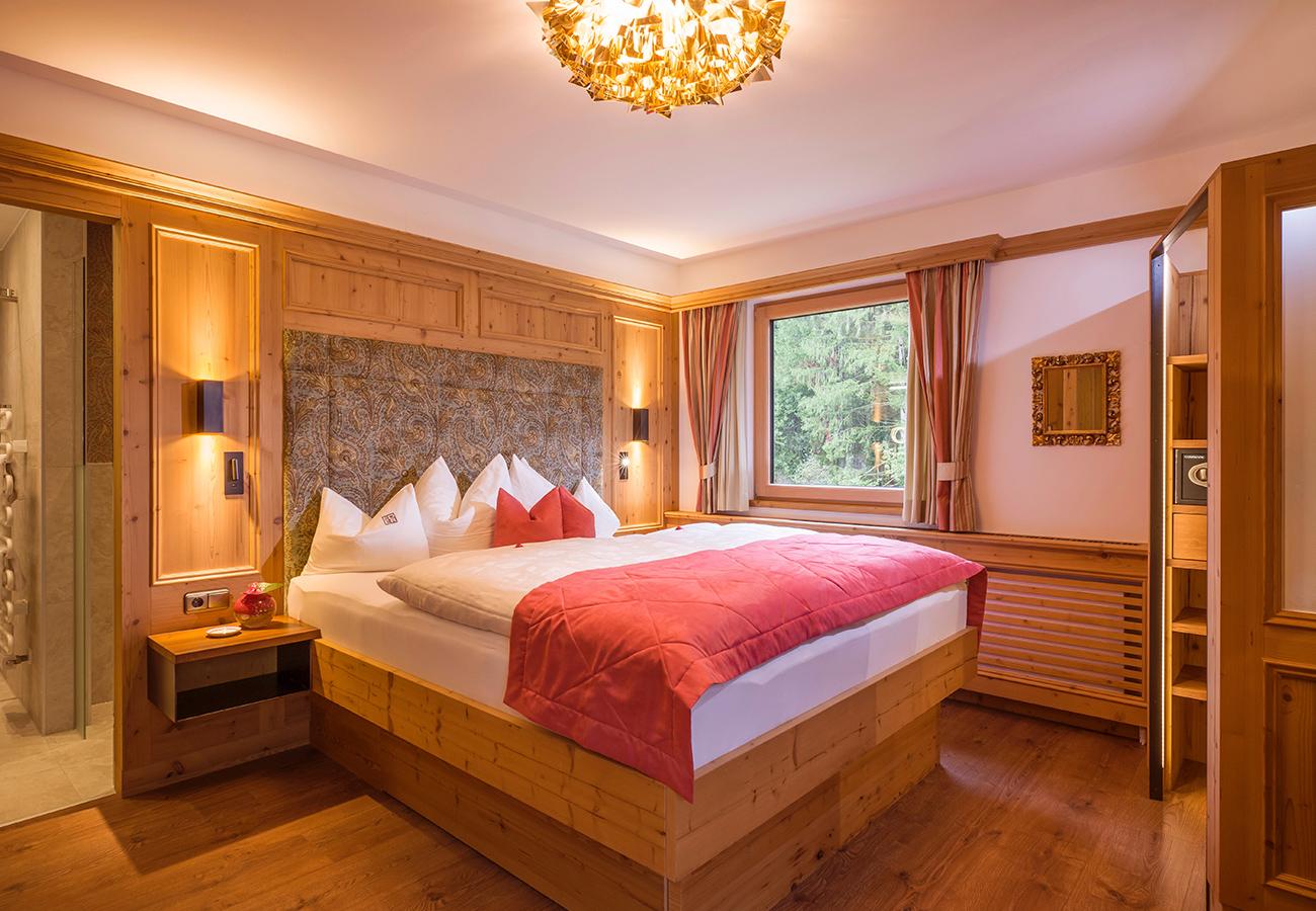 Kroell-Alpin-Hotel-Garni-Eder-5