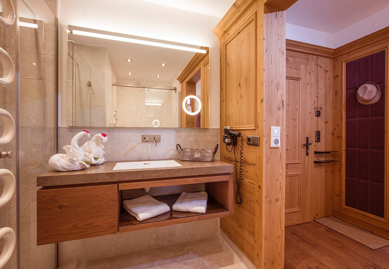 Kroell-Alpin-Hotel-Garni-Eder-6