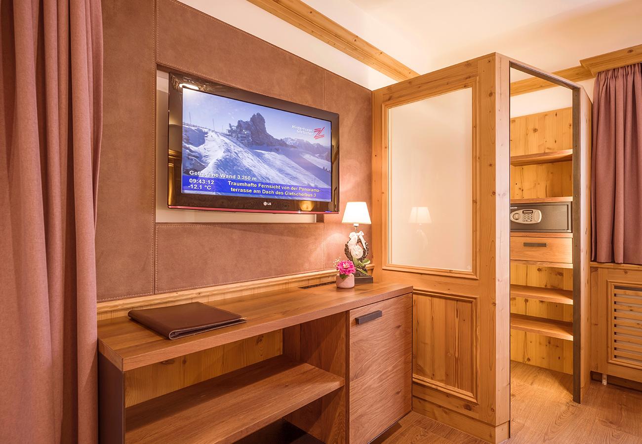 Kroell-Alpin-Hotel-Garni-Eder-8