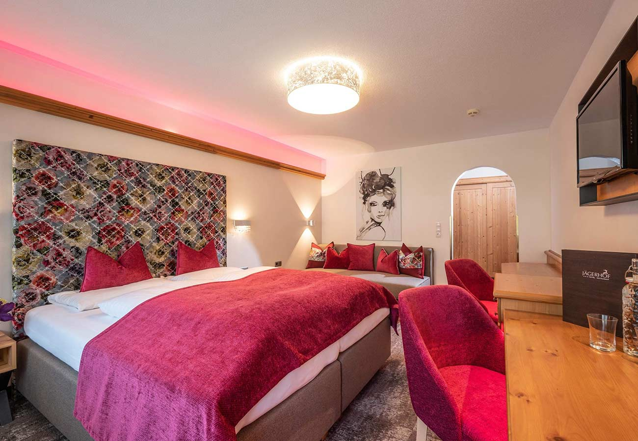 Tischlerei-Kroell-Hotel-Jägerhof-1