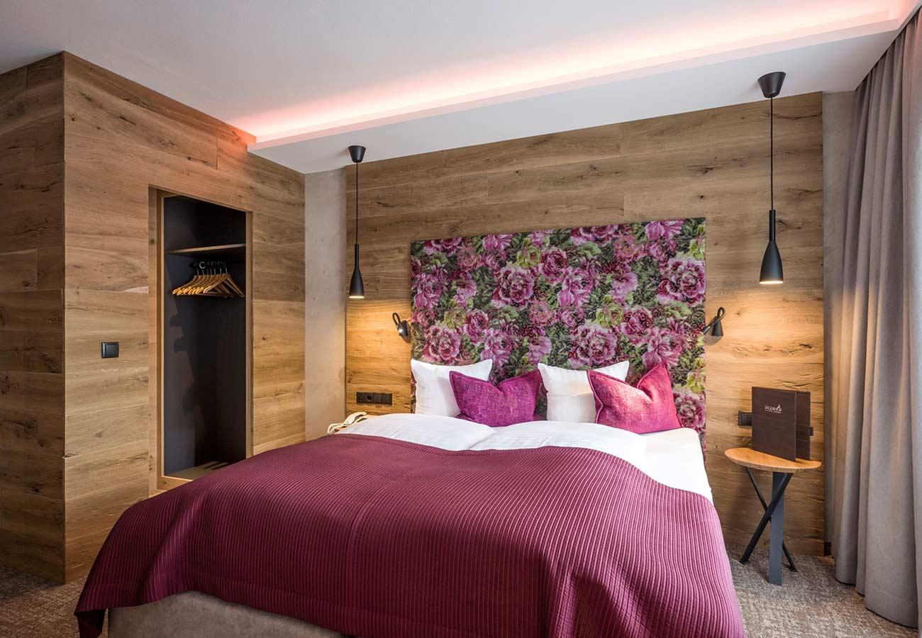 Tischlerei-Kroell-Hotel-Jägerhof-2