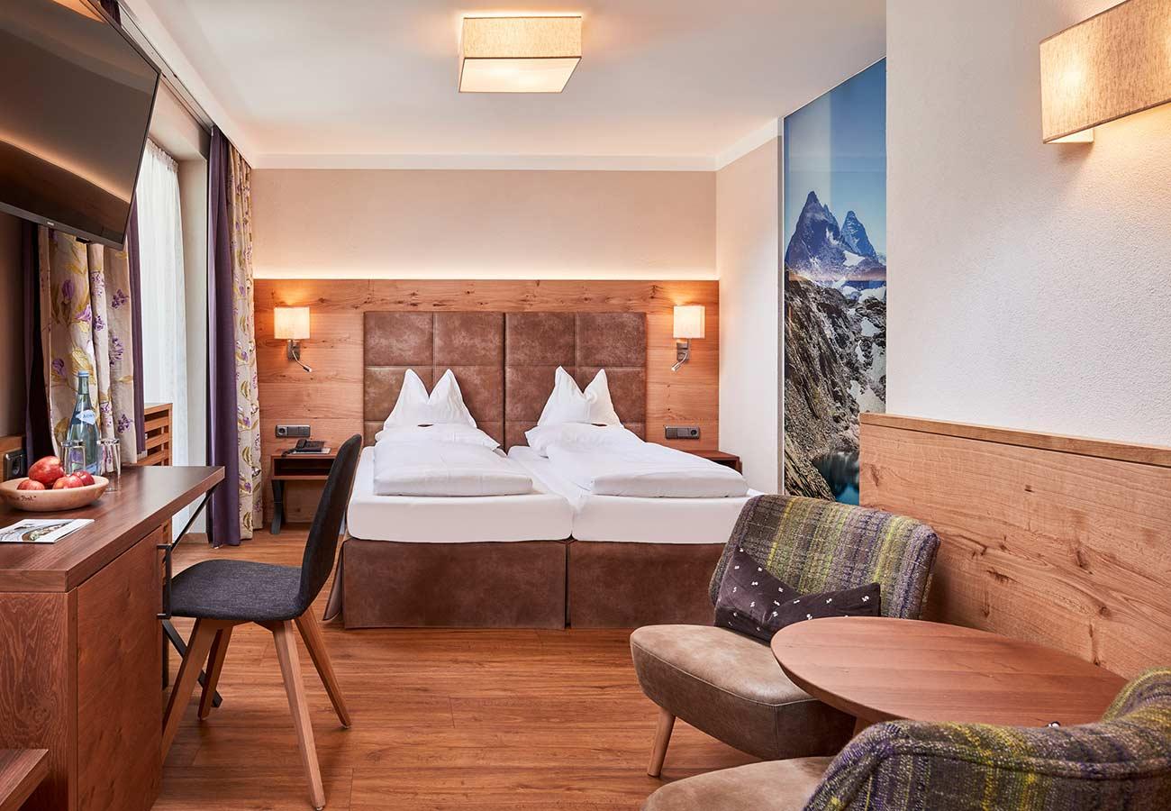 Tischlerei-Kroell-Hotel-Neue-Post-6